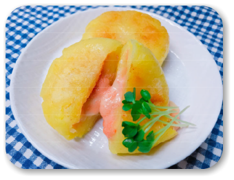 「とろ~り!たらこチーズ入り芋もち」の画像